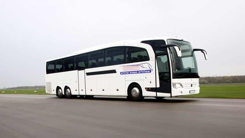 תמונה של אוטובוס מסלולים לבן 2